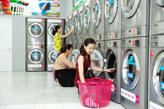 Giặt ướt là hơi quần áo