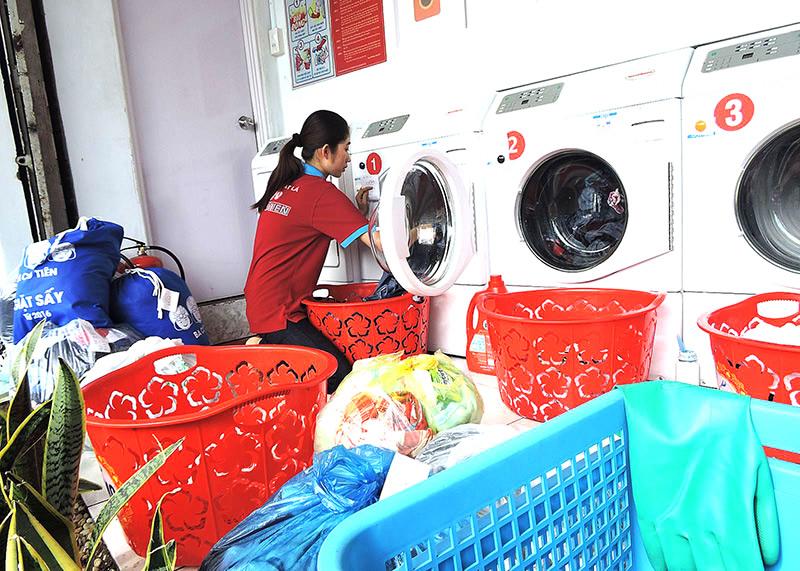 Giặt là chăn màn ga gối đệm
